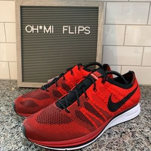 Nike Flyknit Trainer Mens Running Shoes NEW